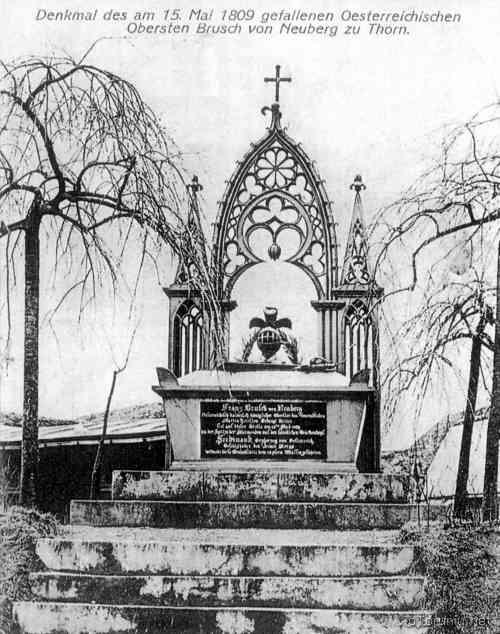 Pomnik-Bruscha_.jpg