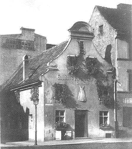 02_1919.jpg